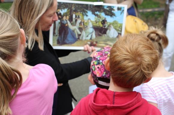 Des enfants en visites guidées à Montpellier